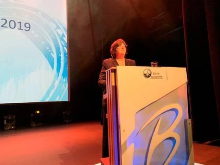 Director Bente Nyland presents the report
