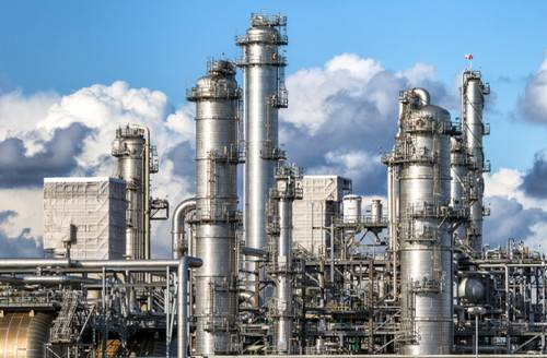 South Korean oil refiner is planning to build new crude oil distillation units by late 2021. (Photo © Adobe Stock / VanderWolf Images)