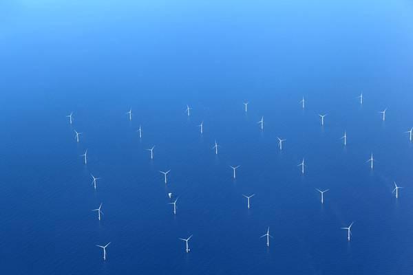 Illustration; An offshore wind farm - Image by diak / AdobeStock
