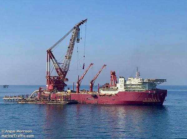 DE HE Vessel will pe responsible for pipelaying and lifting operations - Credit:Angus Morrison/MarineTraffic.com
