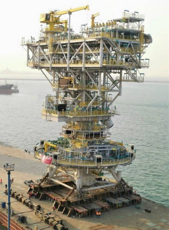 Upper Tower ready for load out - Image: SOFEC